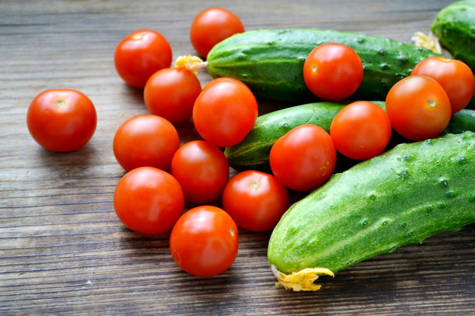 Огірки подорожчали, томати – подешевшали: ціни на овочі та ягоди