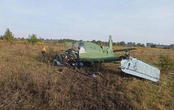 На Житомирщині розбився літак, який розпилював хімікати над полями